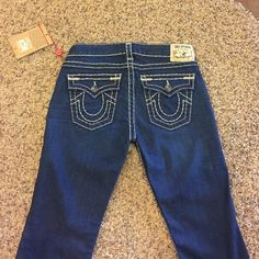 True Religion jeans size 28. NEW! True Religion Becky bootcut jeans. New with tags. Size 28. True Religion Jeans Boot Cut