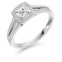 Perfect engagement ring! #engagement #ring #engagementrings #engaged #ido #bride #jewellery #antique #gold #diamond #diamonds #t4l #tagsforlikes #tflers #tfl #tags4like #followme #follow #vsco #vscocam