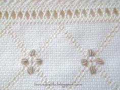 Lavanda e Lillà: Nuova Idea per Asciugamano con Inserto di Aida