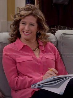 Vanessa's pink button down blouse on Last Man Standing Mike Baxter, Nancy Travis, Last Man Standing, Fashion Over 50, Button Downs, Beautiful Women, Actresses, Fashion Outfits, My Style