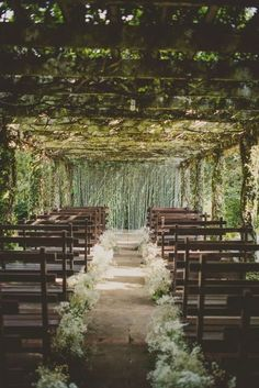 You'll never guess where this stunning destination wedding took place! Photo: Twig & Olive Photography via Bajan Wed wedding ideas locations 15 Top Destination Wedding Locations - MODwedding Wedding Aisle Outdoor, Wedding Aisles, Mod Wedding, Wedding Bells, Outdoor Wedding Locations, Rooftop Wedding, Trendy Wedding, Forest Wedding Venue, Fall Wedding