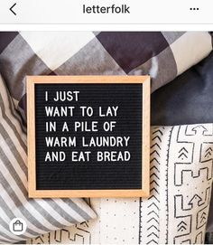Felt letter boards in Europe. Sign Quotes, Cute Quotes, Great Quotes, Quotes To Live By, Funny Quotes, Inspirational Quotes, Word Board, Quote Board, Message Board