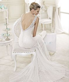 STYLE: NIAB15007DI #weddingdress #weddinggown #nicolespose