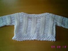 Espalda de la chaqueta corta de niña en algodón y lana.  Hecho por María Landín.