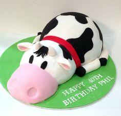 3D Cow Cake Like us on  www.facebook.com/melianndesigns