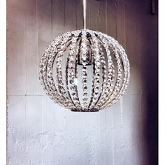 PLAFOND BY HELENA ALLARD Belyse hjemmet i stil med denne enkle og imponerende lysekrone i krystall. Denne krytall lys armaturet vil bringe radiant varmen til hjemmet ditt. Dette lysekrone i krystall endrer atmosfæren i et rom, legge til en klassisk og spennende gnisten til enhver hendelse. Modern Chandelier, Chandeliers, Ceiling Lights, Lighting, Pendant, Home Decor, Transitional Chandeliers, Decoration Home, Room Decor