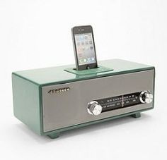 Stereoluxe Green AM/FM Radio and MP3 Dock  $199.00    pin it to win it from gifts.com