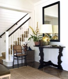 Home Staging Brisbane blog post:  Home Staging Your entrance hallway. #homestaging #realestate #sellmyhouse