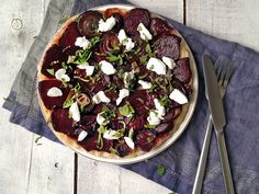 Caramelized beetroot and red onion tarte Tatin, flavored with balsamic  vinegar, goat cheese and mint -  together with a glass of wine - fantastic! / Тарт Татен со свеклой, луком, козьим сыром и мятой
