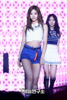 「twice tzuyu body」の画像検索結果 Pretty Asian, Beautiful Asian Women, South Korean Girls, Korean Girl Groups, Tzuyu Body, Chou Tzu Yu, Tzuyu Twice, Sexy Asian Girls, Nayeon