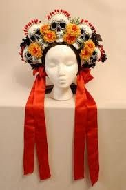 Afbeeldingsresultaat voor traditional dia de los muertos costume