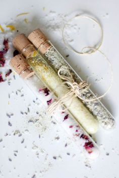 DIY bath salts are inexpensive and great for all ailments. Learn how to make bath salts for cold and flu, sore muscles, allergies and everything in between. Homemade Beauty, Diy Beauty, Beauty Tips, Beauty Hacks, Beauty Care, Beauty Makeup, Diy Cosmetic, Bath Salts Recipe, Homemade Bath Salts