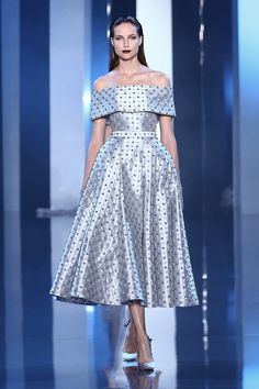 Ralph+&+Russo+-+Haute+Couture+Collection+S/S14+-+AW14/15+Look+01