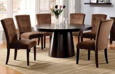 contemporary-round-dining-table-4.jpg (803×519)