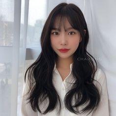 Asian Hair Bangs, Korean Bangs Hairstyle, Bangs Wavy Hair, Long Hair With Bangs, Haircuts For Long Hair, Haircuts With Bangs, Long Hair Cuts, Korean Hairstyles, Pretty Hairstyles