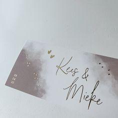 Deze trouwkaart kun je zelf aanpassen naar wens en smaak. #trouwen #trouwkaart #weddingannouncement