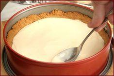 Rýchla torta zo Salka: Na jej prípravu vám postačí len 5 surovín! Pudding, Desserts, Foods, Tailgate Desserts, Food Food, Deserts, Food Items, Custard Pudding, Puddings
