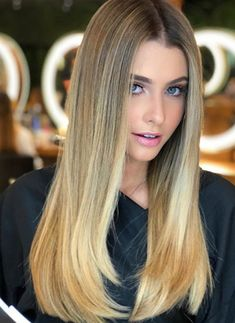 22 Stunning Ideas Of Gradient blonde Hair Color 2018 New Hair Color Trends, Hair Color 2018, Short Hair Trends, New Hair Colors, Cool Hair Color, Pantene, Wine Hair, Candy Girls, Medium Hair Styles