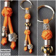 Paracord Anhänger mit Schlüsselring und verschiedenen Beads