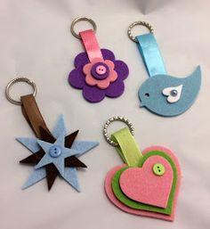 Lumaca Matta - Handmade with love: Portachiavi di feltro Lumaca Matta - Handmade with love: Portachiavi di feltro Diy Crafts For Gifts, Foam Crafts, Diy Arts And Crafts, Yarn Crafts, Preschool Crafts, Sewing Crafts, Sewing Projects, Crafts For Kids, Paper Crafts