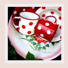 Polka dots!! Cute red and white enamel polkie mugs!!