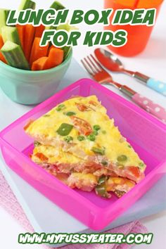 If your kids are heading back to school and you are looking for ideas other than sandwiches, then try this lunchbox spanish omelette! Packed full of nutritious veggies, it can be eaten hot or cold. This super nutritious lunch will help keep kids full all afternoon! #lunchboxideas #lunchboxideasforkids #packedlunchforkids Healthy Meals For Kids, Kids Meals, Healthy Snacks, Quick Snacks, Healthy Eating, Fussy Eaters, Picky Eaters, Lunchbox Kids, Sandwiches