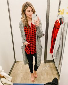 December Old Navy Try-On - Lauren McBride winterdressoutfits Old Navy Outfits, Plaid Outfits, Family Outfits, Casual Outfits, Cute Outfits, Fashion Outfits, Fashion Tips, Fashion Trends, Womens Fashion