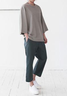 New fashion minimalist korean simple ideas Look Fashion, New Fashion, Korean Fashion, Trendy Fashion, Fashion Outfits, Womens Fashion, Fashion Design, Mode Style, Style Me