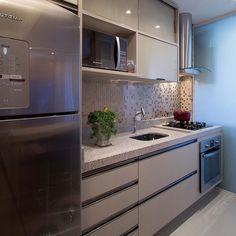 """43 curtidas, 6 comentários - Ape 91A 🏡 73m2 (@meuape91a) no Instagram: """"Inspiração de cozinha clean! #ape #apartamento #cozinha #cozinhaplanejada #cozinhaclean #homedecor…"""""""