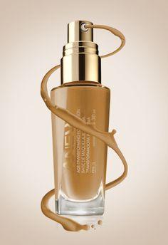 Anew Base de Maquillaje Líquida Transformadora Intensiva FPS Pure Beige