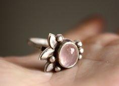 Anillo de plata cuarzo rosa y flor de la orquídea, orden de encargo