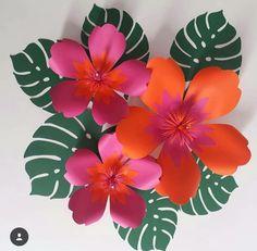 DIY – Festa Havaiana com flores gigantes de papel Hawaiian Party with Giant Paper Flowers Moana Birthday Party, Luau Party, Party Summer, Summer Diy, Giant Paper Flowers, Diy Flowers, Flowers Vase, Diy Fleur, Luau Decorations