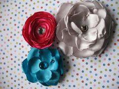 Nuvole di stoffa: fiori di stoffa