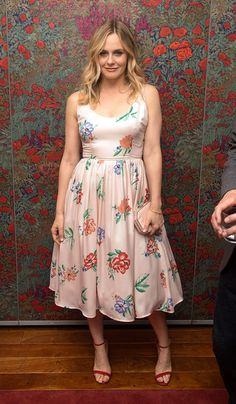 Alicia Silverstone Print Dress - Fashion Lookbook - StyleBistro