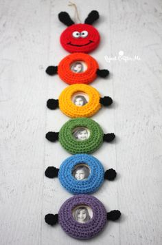 Crafts With Pictures Crochet Caterpillar Picture Frame Wall Hanging - Repeat Crafter Me Picture Frame Crafts, Picture Frames, Caterpillar Pictures, Crochet Designs, Crochet Patterns, Bernat Super Value Yarn, Pinterest Diy Crafts, Baby Wall Decor, Repeat Crafter Me