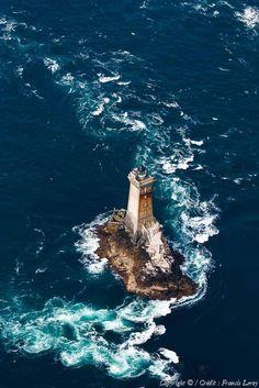 Lighthouses of Iroise. ✈️ Photo aérienne du Phare de la Vieille et de son sillage.  Finistère.  Brittany