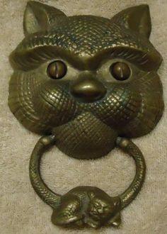 Cat Face Door Knocker w Sleeping Cat Brass PA Pong 1983   eBay & Friendly Cat Brass Door Knocker Oil Rubbed Bronze   eBay   ????? ...