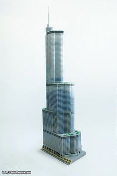 Chicago's Trump Tower in 65,000 lego (article not in English, but has great photos of the construction).