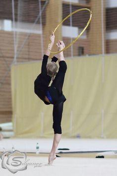 Yana Kudryavtseva - Rhythmic Gymnastics Training