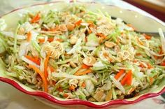 Oriental Salad with Ramen Noodles: 2 bags of cole slaw 1 pkg. Oriental ramen noodles 1 small bag of slivered almonds sunflower seeds Dressing cup canola oil cup sugar cup cider vinegar 2 TBS. soy sauce Season packet from the Ramen noodles Oriental Ramen, Oriental Coleslaw, Oriental Noodles, Broccoli Cole Slaw, Asian Broccoli, Ramen Noodle Salad, Great Recipes, Favorite Recipes, Easy Recipes
