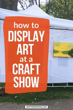 7 portable art display stands for craft shows. These 7 photos show you how to display your art and art prints in a craft fair booth. #artdisplays #craftfairs #craftprofessional Craft Show Booths, Craft Show Displays, Display Ideas, Selling Crafts Online, Craft Online, Craft Business, Business Tips, Vendor Displays, Display Stands