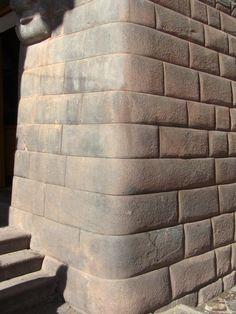 Curved corner stones