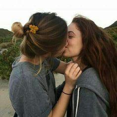 Cute Lesbian Couples