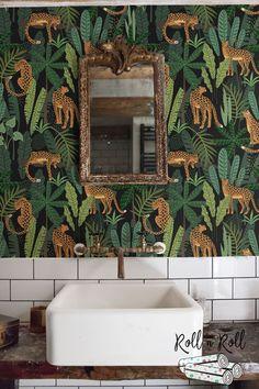 Dark floral wallpaper, Leopard, Jungle w. Wallpaper Toilet, Paper Wallpaper, Cloakroom Wallpaper, Small Bathroom Wallpaper, Mirror Bathroom, Leopard Wallpaper, Dark Wallpaper, Wallpaper Jungle, Wild Animal Wallpaper