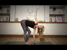5-minute yoga routine for a good night's sleep - The Running Bug