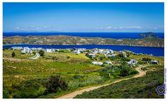 The village of Rammos is located west of Livadi, the port of Serifos, on the hill above Livadakia beach. | Ο Ράμμος βρίσκεται δυτικά από το Λιβάδι, το λιμάνι της Σερίφου, στο λόφο πάνω από την παραλία Λιβαδάκια. Μάθετε περισσότερα στο: http://www.discover-serifos.com/el/anakalupste/aksiotheata/oikismoi/rammos