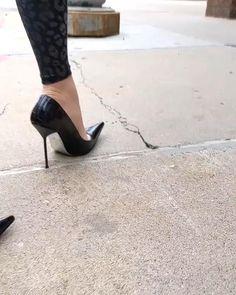 Black Stiletto Heels, Sexy Heels, High Heels Stilettos, Black Pumps, Shoes Heels, Walking In High Heels, Very High Heels, Hot Shoes, Maserati