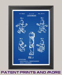 US-Patent #US D253, 711 Legoman wurde im Jahr 1977 durch seine Erfinder Godtfred K. Christiansen & Jens N. Knudsen patentiert. Patent Drucke sind fantastische Conversation Pieces in Ihrem Haus, Büro an der Wand, Spielzimmer, mannhöhle, Werkstatt oder anderswo, die Sie ein