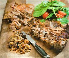 Πασχαλινό αρνί γεμιστό με ρύζι | Συνταγή | Argiro.gr Food Categories, Spanakopita, Pulled Pork, Cheesesteak, Chicken, Meat, Ethnic Recipes, Easter Ideas, Buffalo Chicken