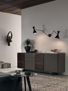 Designer-Arbeitstisch – tolle Idee für alle, die Platz sparen ...